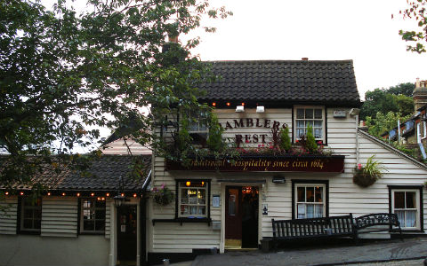 Ramblers Rest pub in Chislehurst. Image courtesy of Flickr user Kake Pugh - https://www.flickr.com/photos/kake_pugh/3877085055/