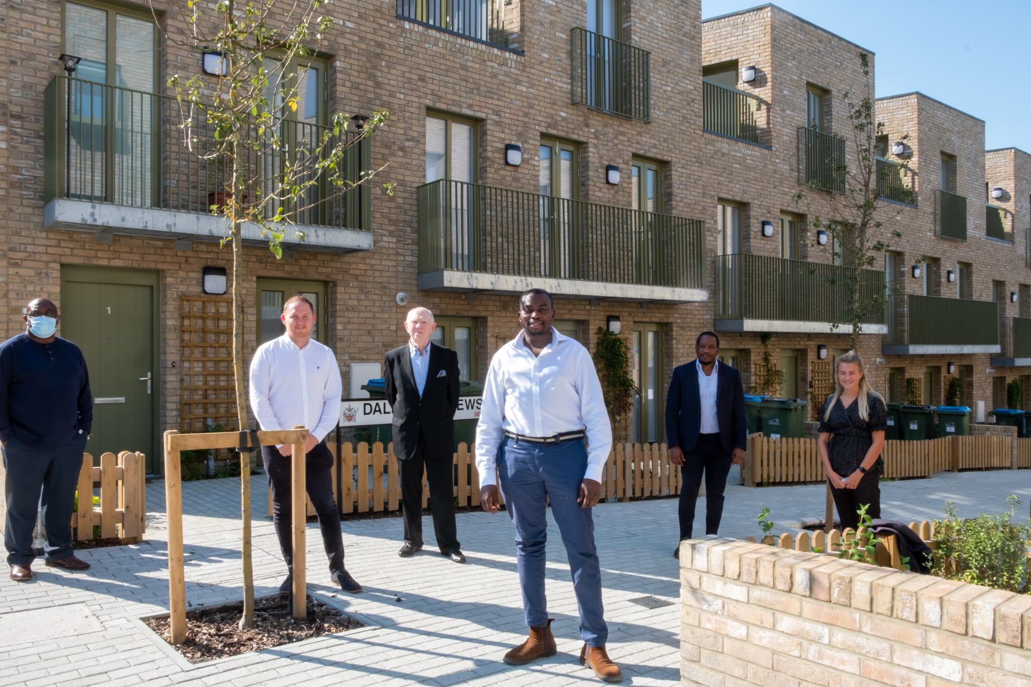 Cllrs Thorpe and Okereke visit Woodpecker Gardens